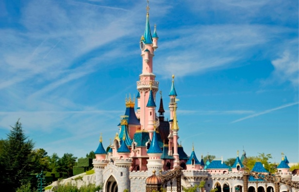 Disneyland-Paris-Express-Sleeping-Beauty-Castle---630x405---©-OTCP.jpg